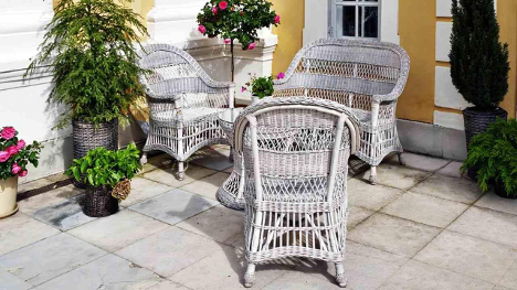 Awesome Ideas to Decorate Your Tiny Terrace This Year!